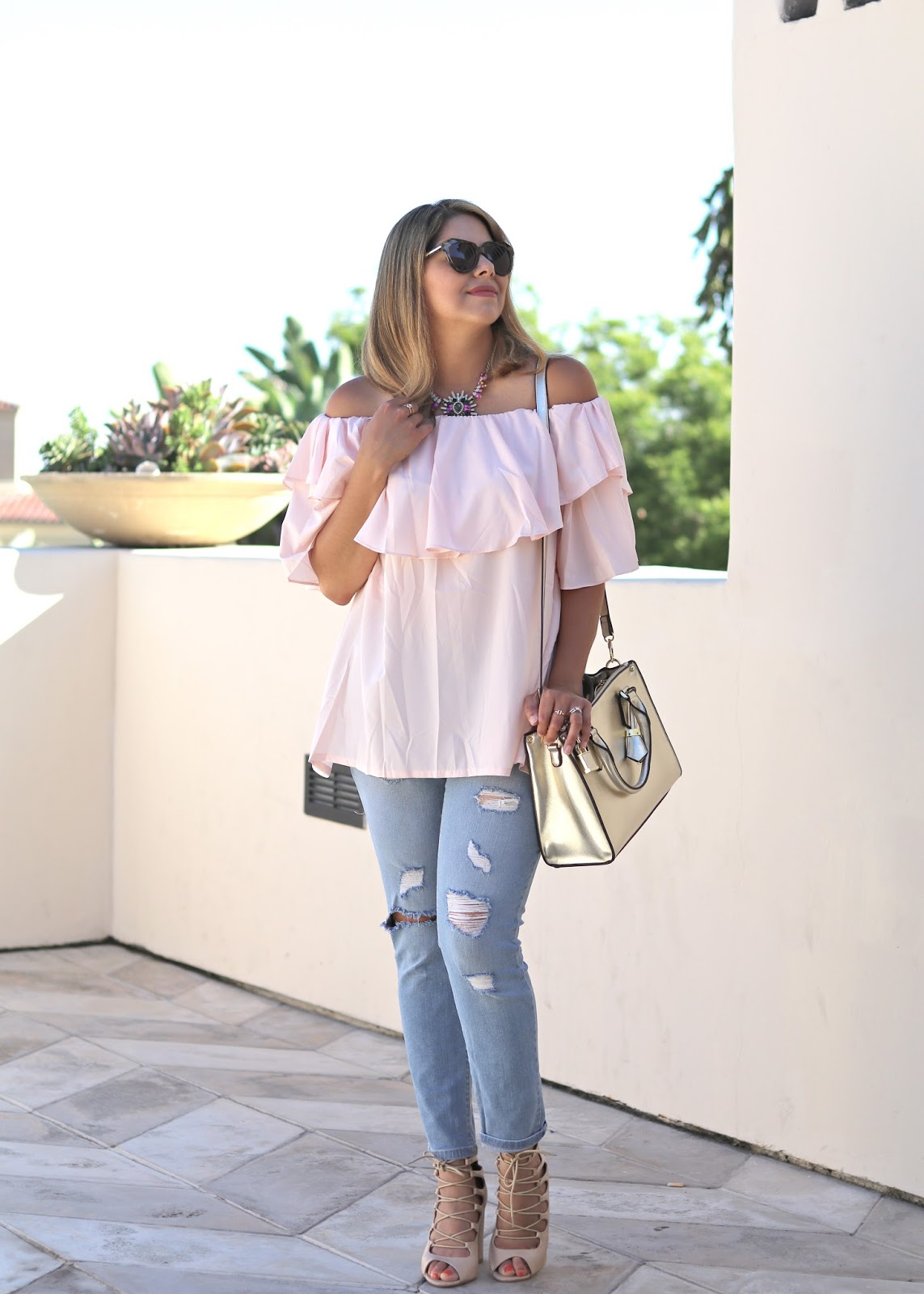 casual outfit idea, statement necklace outfit idea, galian tote blogger, galian handbags blogger