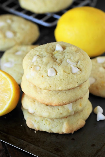 Lemon White Chocolate Chip Cookie image