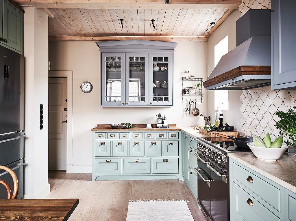 Rustic scandinav într-un apartament pe două niveluri