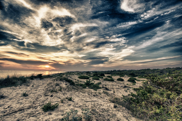 Tramonto sulla spiaggia-Vivosa Apulia resort