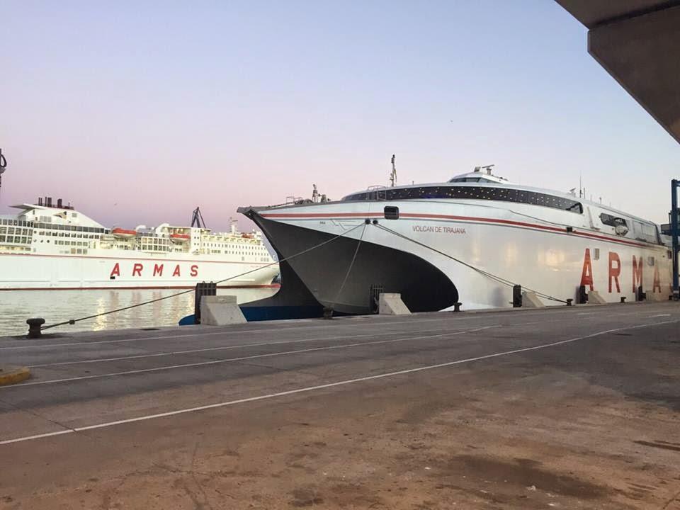 Ferrybalear el fast ferry volc n de tirajana inicia for Oficinas de naviera armas