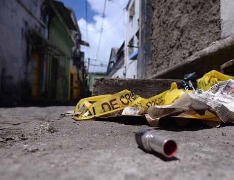 Mulher é encontrada morta com ferimentos na cabeça, no centro do Recife