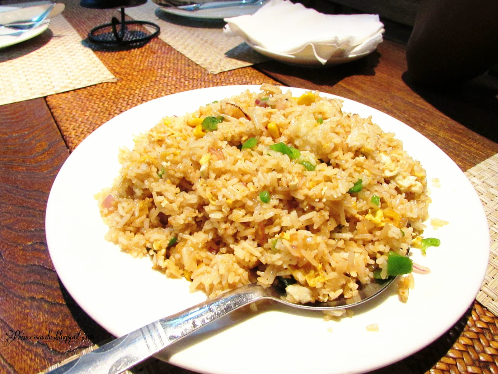 Travel, Nigeria, Calabar, Cross River State, Things to do, Chinese food, happy food, Chinese fried rice