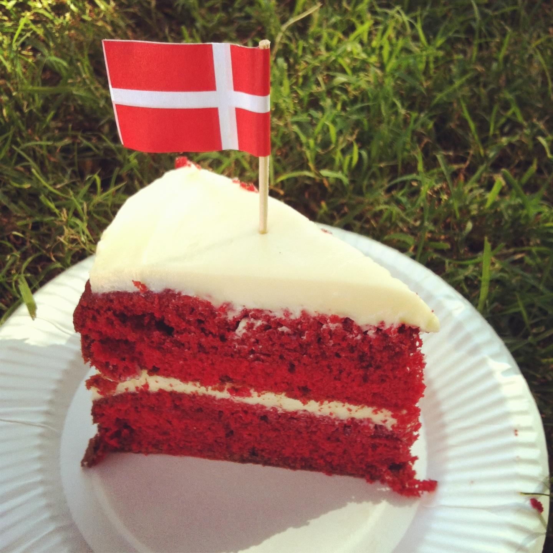 Do You Taste The Food Coluring In Red Velvet Cake