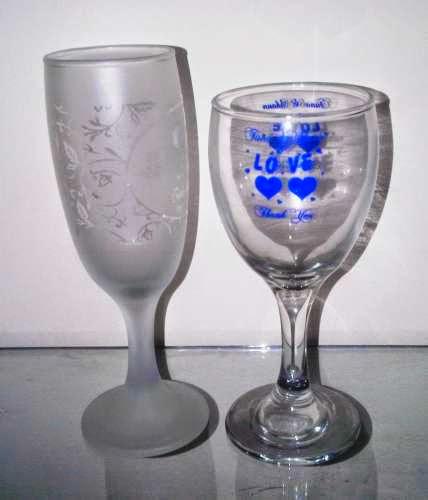 Undangan Pernikahan Berbentuk gelas kaca