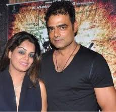 Abhimanyu Singh Family Wife Son Daughter Father Mother Age Height Biography Profile Wedding Photos