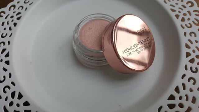 Highlightening Eye Shadow Cream Waterproof