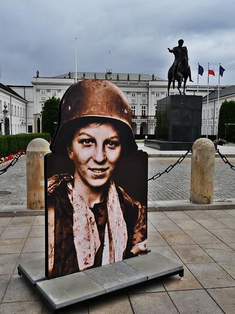Wystawa pod Belwederem Powstanie Warszawskie