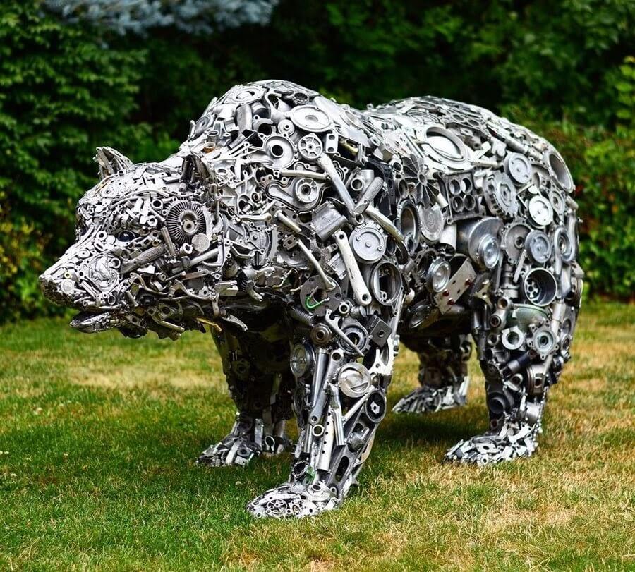 02-Bear-Brian-Mock-www-designstack-co