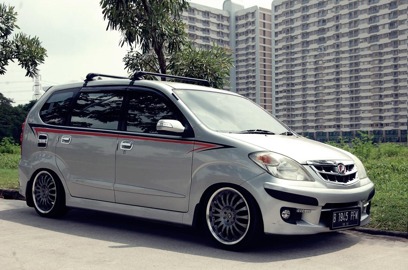 Harga Daihatsu Xenia 2018