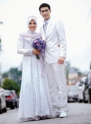 4 Gaun Pengantin Muslim Sederhana Untuk Pesta Pernikahan Anda