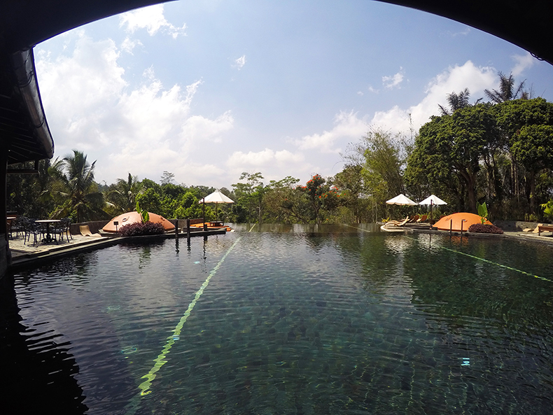 Euriental | fashion & luxury travel | 2 Days in Central Java, Mesa Stila pool