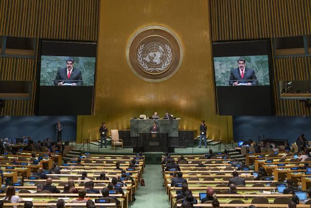 """Representantes de la ONU le dejan el """"pelero"""" a Maduro durante intervención"""