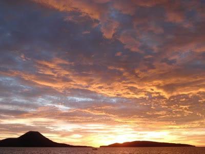 Senja di anak Krakatau
