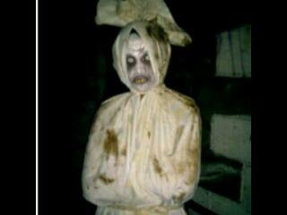 Masih ada beberapa hantu di Tanah Air lainnya yang diklaim pernah terlihat di belahan negara lain. Apa saja?
