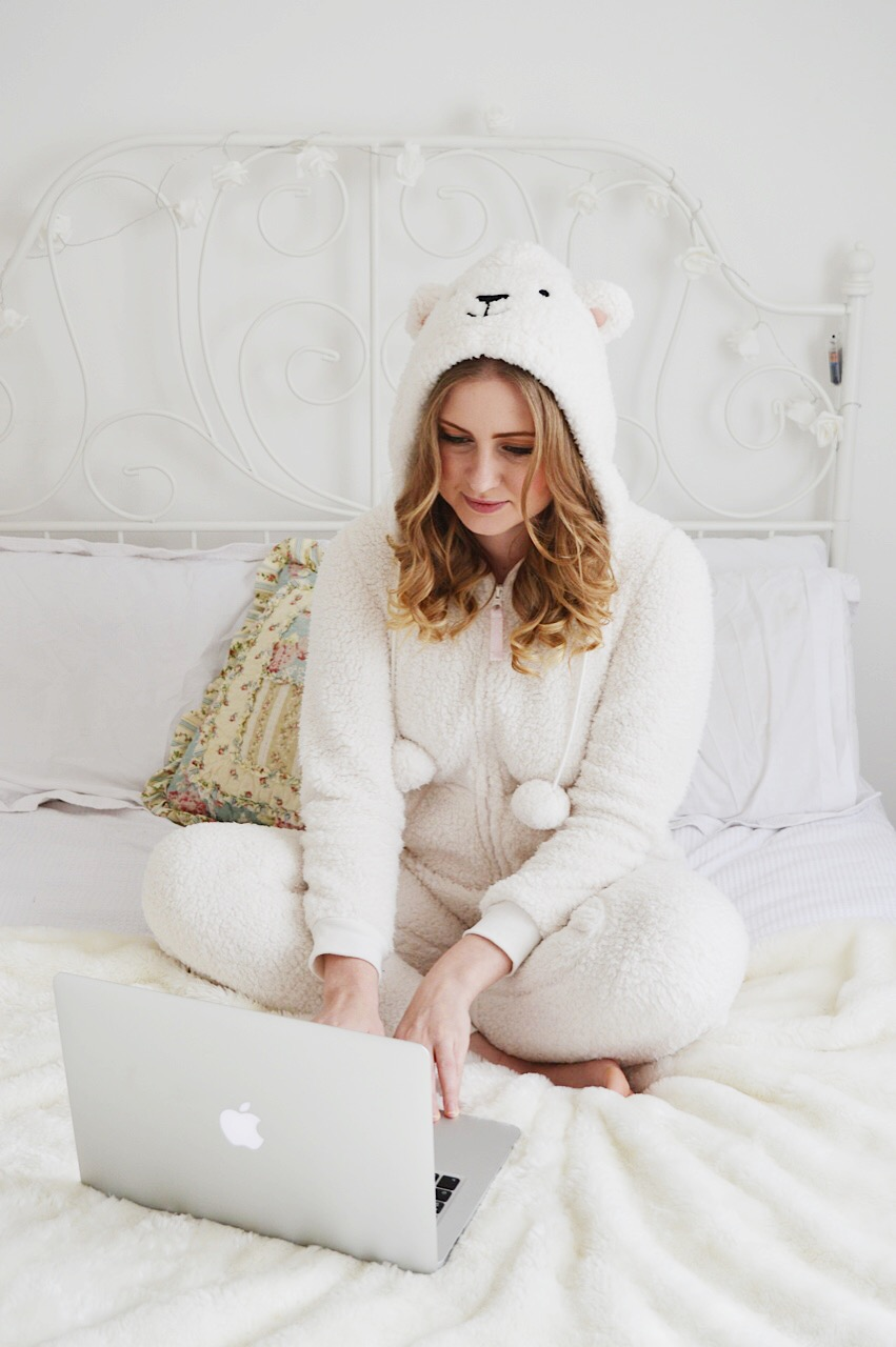 Tips on how to sleep better by fashion and lifestyle blogger FashionFake featuring a Leesa mattress review