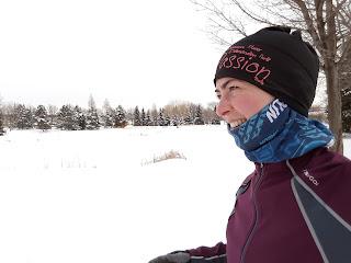 Coureuse, hiver, parc de la Merci, neige, rivière des Prairies