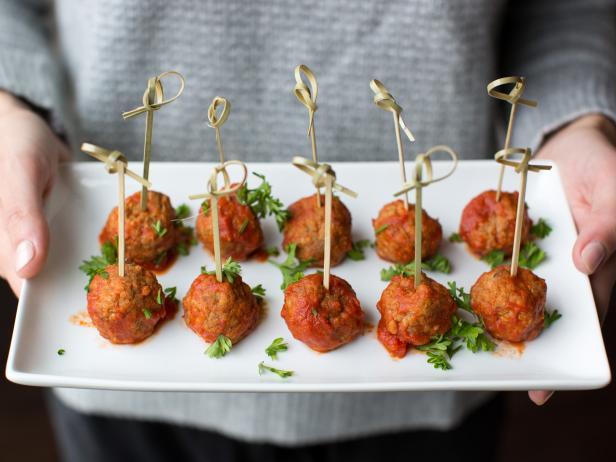 pound spicy Italian turkey sausage links Classic Italian Turkey Meatballs Recipe