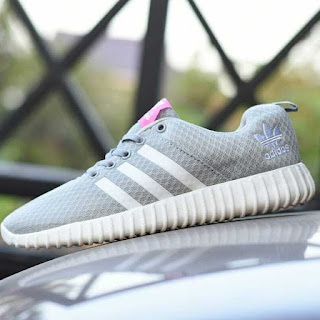 Sepatu Sport Adidas Yeezy Boost Full Abu-Abu
