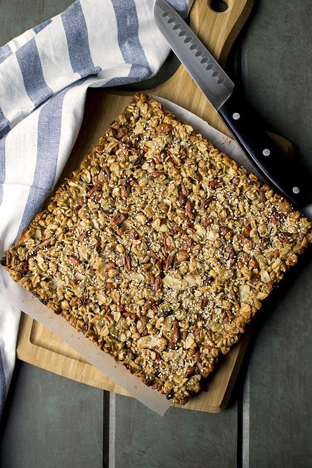 Granola Bars with Puffed Wheat & Almonds