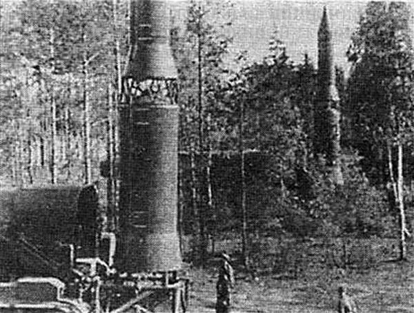 Ракеты РТ-15 или их макеты на войсковых испытаниях комплекса. Предположительно 1966г.