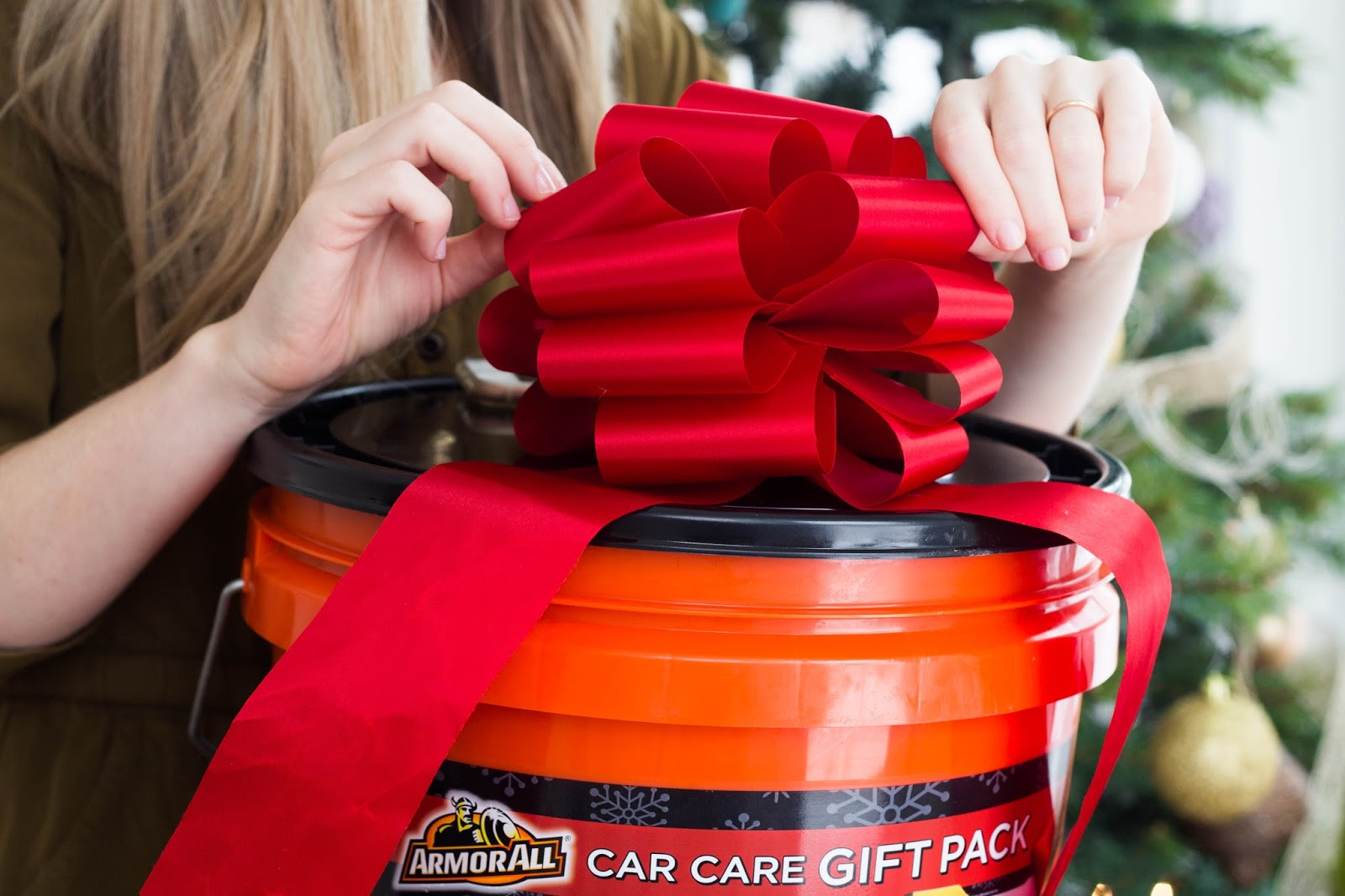 Christmas gift ideas for car guys