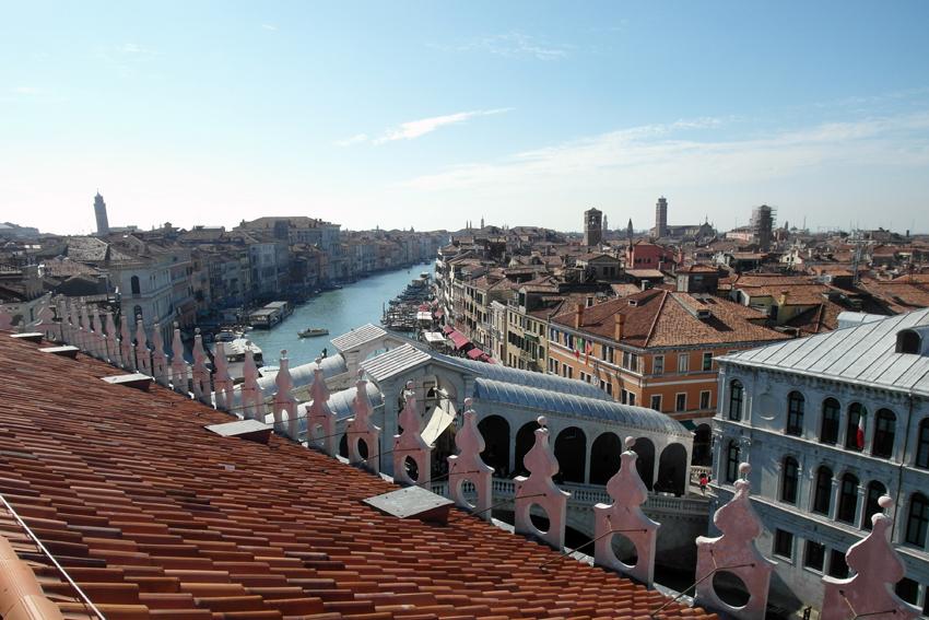 Widok z Fondaco dei Tedeschi na Canale Grande