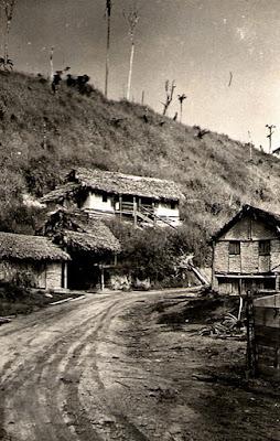 Acampamento de São Gil. Rio Itaúnas, Conceição da Barra, ES, maio de 1950.