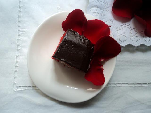 tarta-terciopelo-rojo-porcion