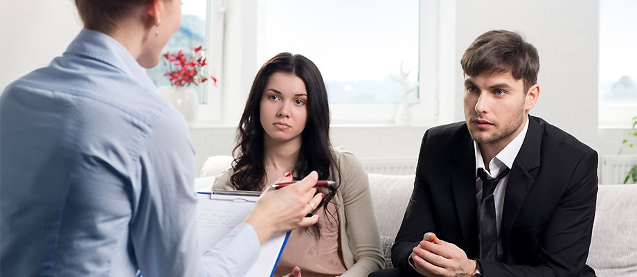Resultado de imagem para Como saber se você precisa de um terapeuta conjugal