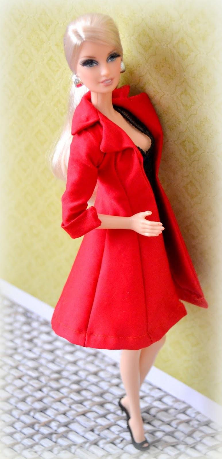 detallado moda más deseable diseño popular Mi casita de muñecas: Abrigo rojo para Barbie. Patrón.