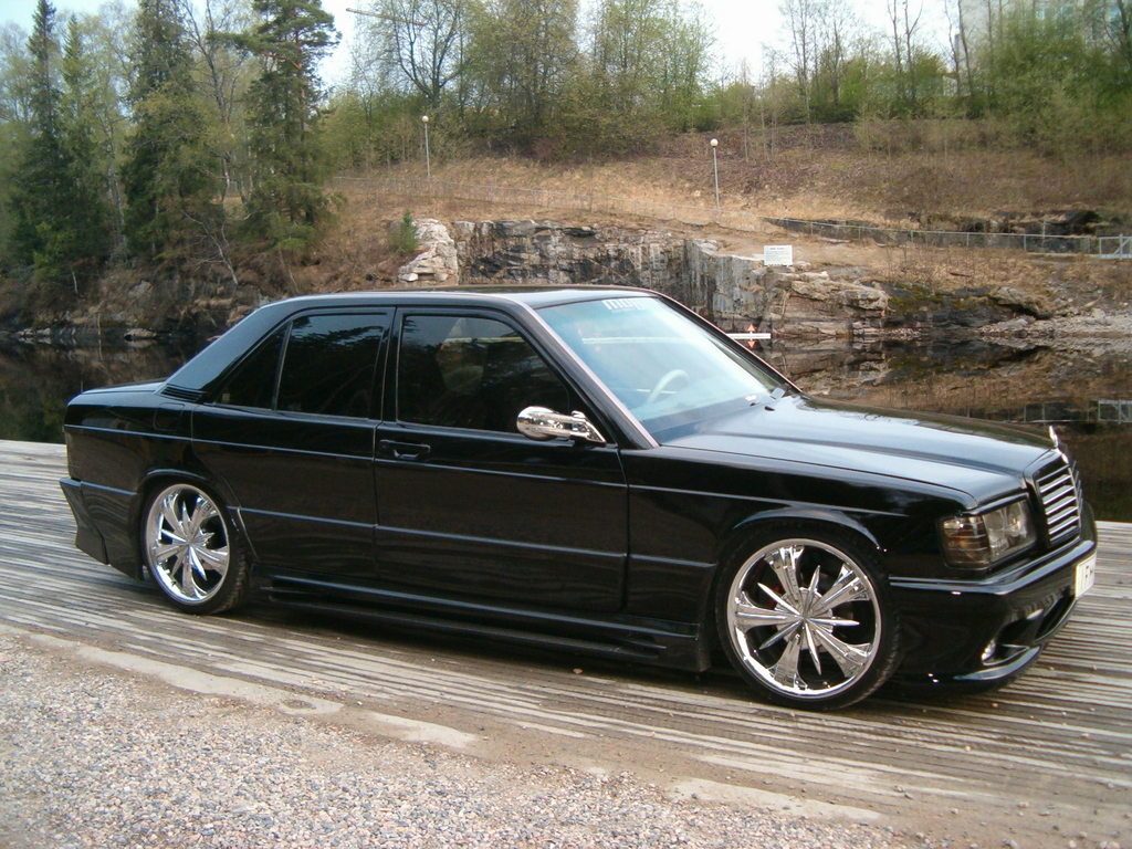 mercedes benz w201 190e lambo doors benztuning. Black Bedroom Furniture Sets. Home Design Ideas