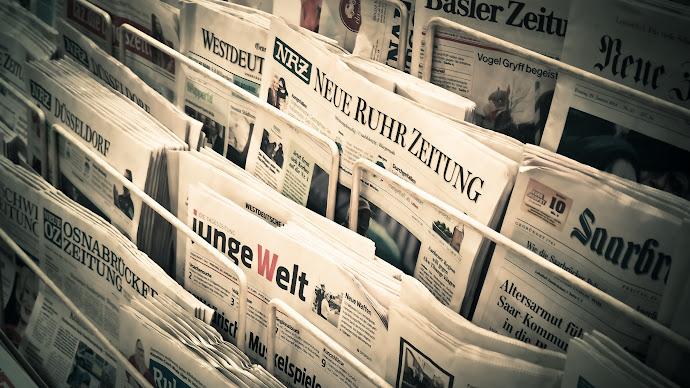 Wallpaper: Newspapers