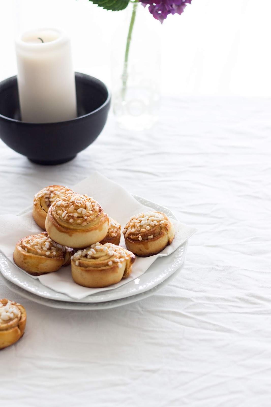 Recipe | Kanelbullar - schwedische Zimtschnecken | www.sparklyinspiration.com