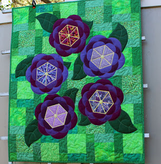 Crafted-Applique-Flower-Quilt-Blossoms