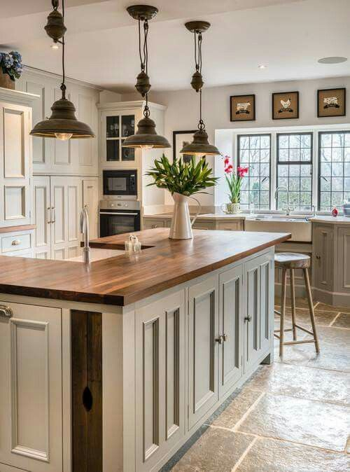 Inspiring and beautiful warmmodern farmhouse kitchen design via Hello Lovely Studio