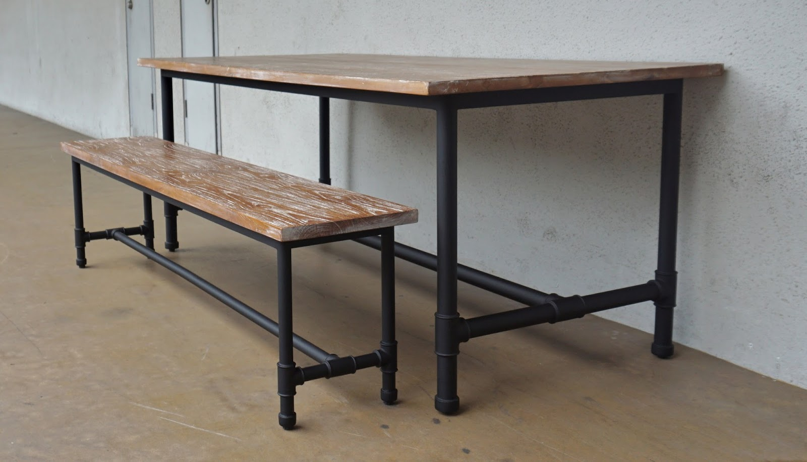INDUSTRIAL FURNITURE II: DINING TABLE | Second Charm