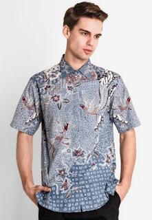 Ide baju batik keris pria lengan pendek