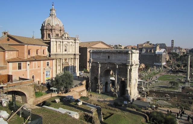 Informações sobre o Monte Capitolino em Roma