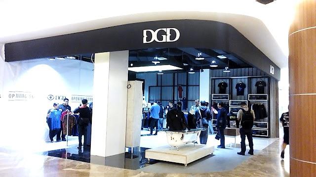 DGD, dari PT Dagadu Djokdja dengan Lokalitas Indonesia