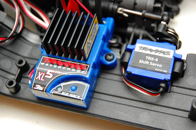 Traxxas TRX-4 electronics installation