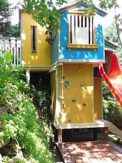 Fára épített ház gyerekeknek