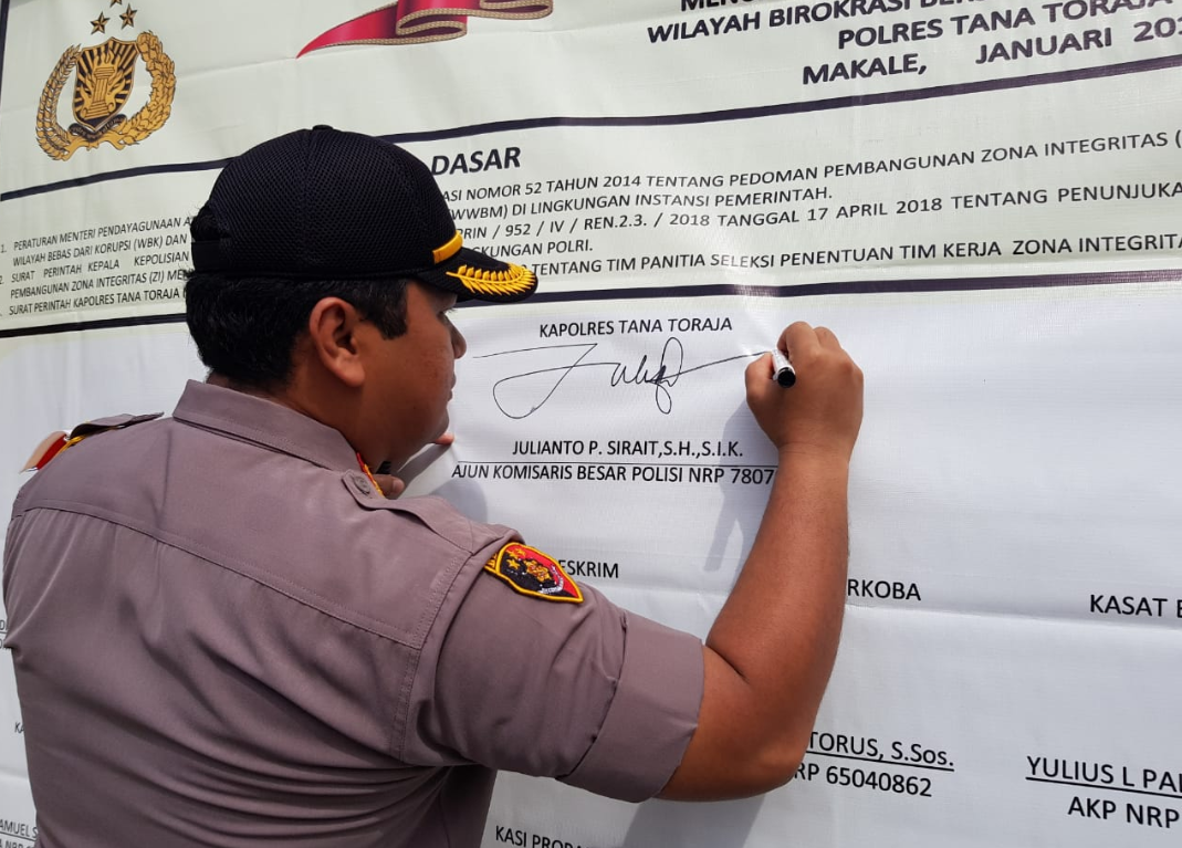Polres Tana Toraja Komitmen Wujudkan ZI menuju Wilayah Bebas Korupsi