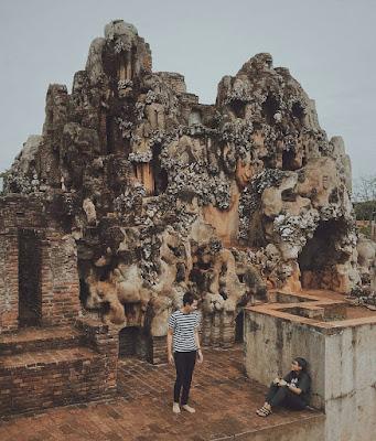 Gua Sunyaragi Cirebon: Tiket Masuk, Sejarah Dan Lokasi
