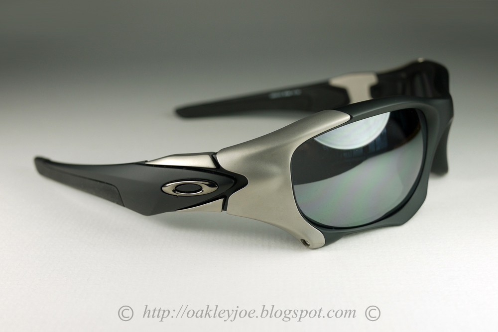 d45ce762e9 OO9137-01 Pit Boss II Matte black + Black Iridium Polarized discontinued  model. permanently added to collection. not for sale.