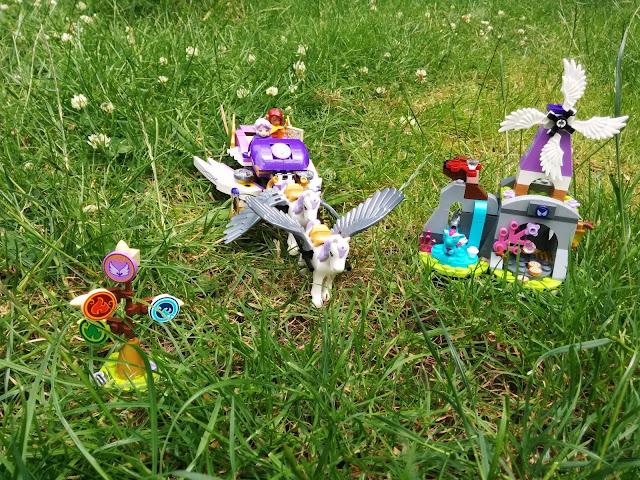 Aira's Pegasus Sleigh Lego Set