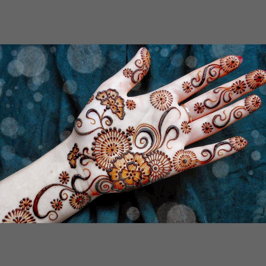 New Mehndi Designs For Hands
