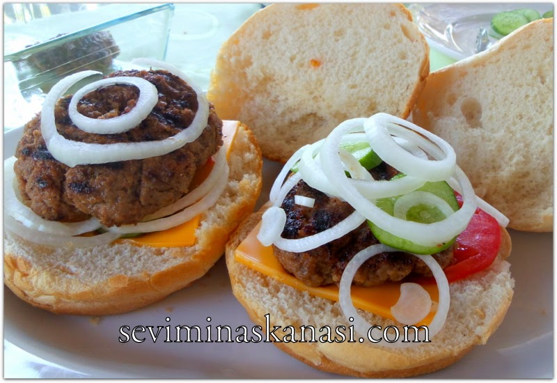 hamburger-köftesi