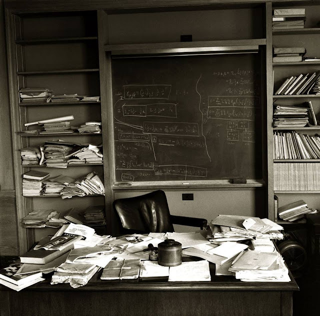 O escritório de Einstein, 1955