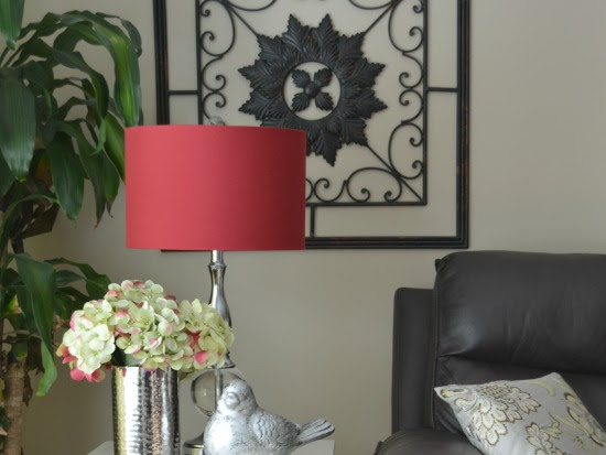 Quick And Easy Haddon Hall Side Table Makeover